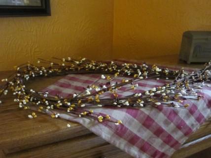 Gold/White/Burgundy Pip Berries