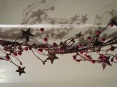 Berries with Stars Garland